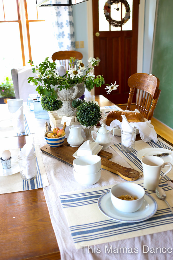Farmhouse table Setting|This Mamas Dance
