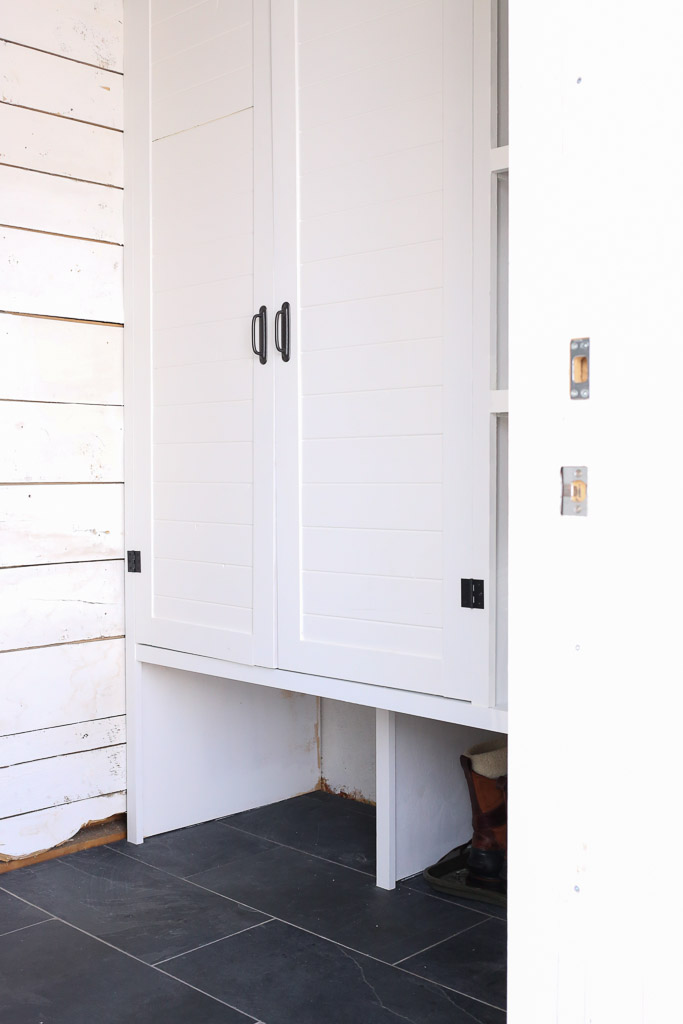 White and Black Small Mudroom with Built Ins | This Mamas Dance-4