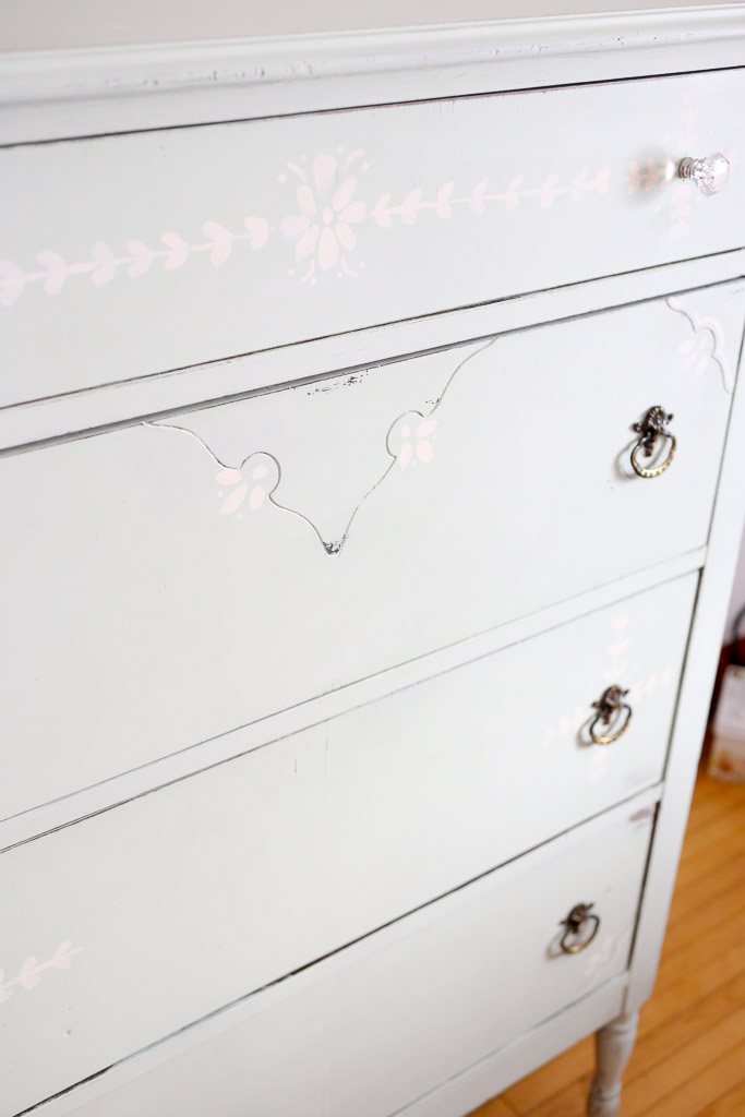 Drawer Detail with glass knob-7