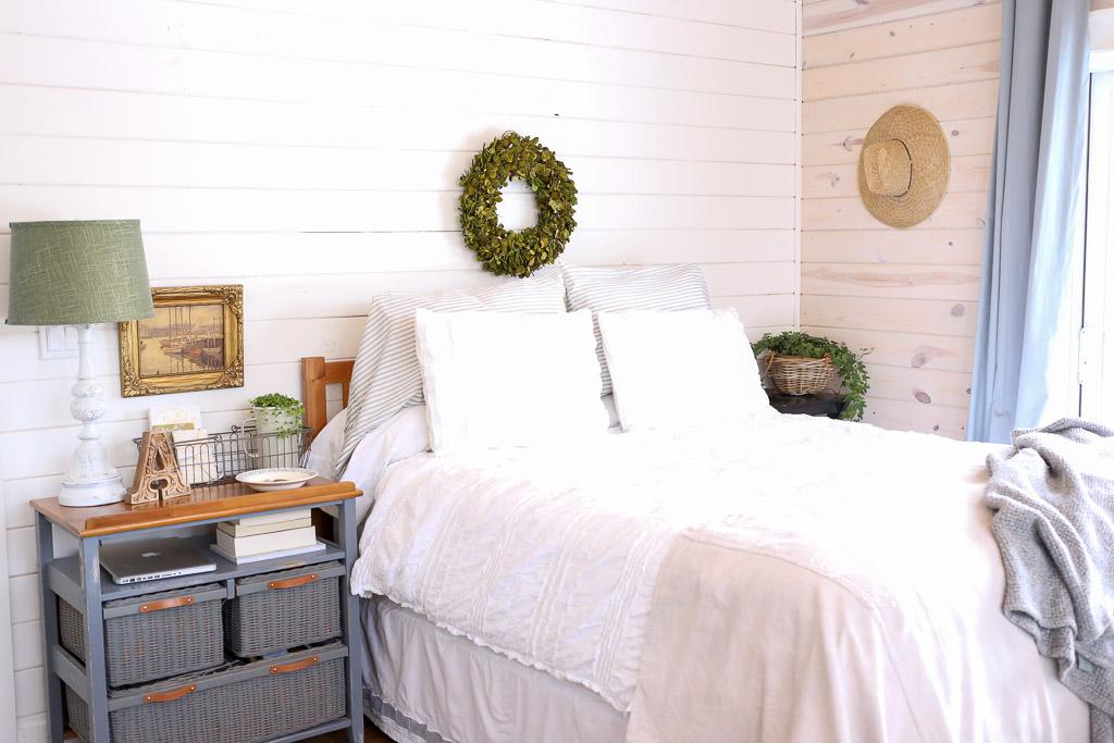 Layered Bedding, Boxwood Wreath