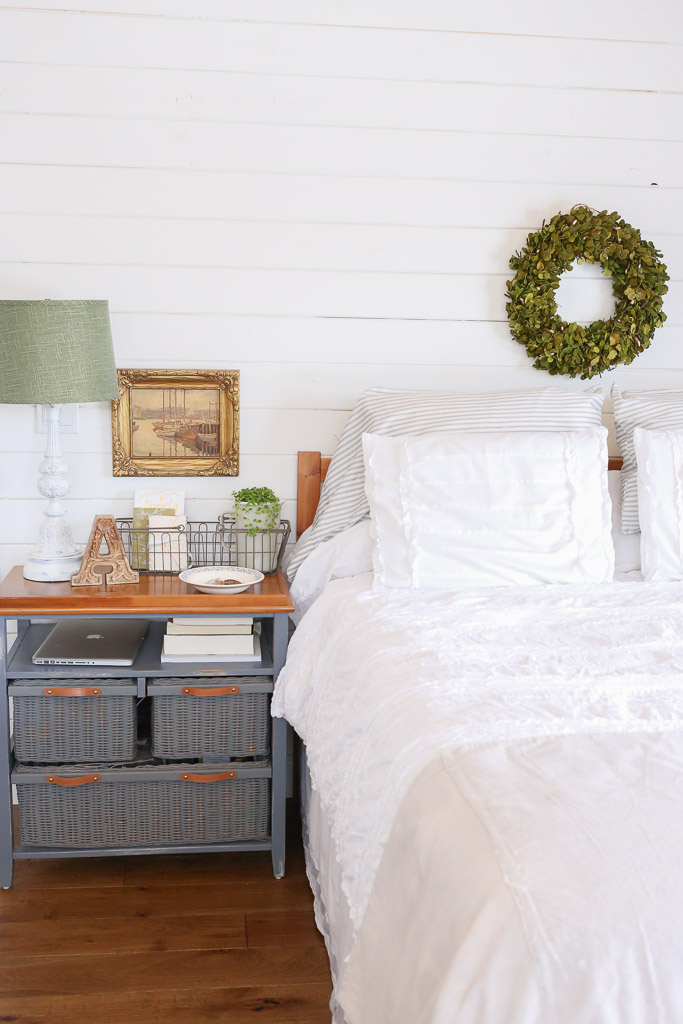 White Shiplap with Boxwood | This Mamas Dance