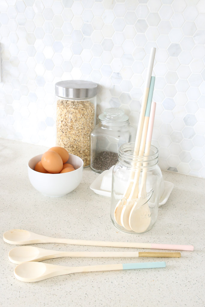 Dip Dye Wooden Spoons | Mamas Dance-13
