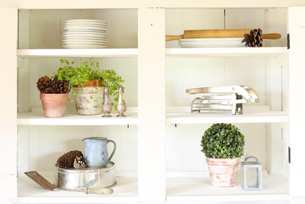 Farmhouse Hutch, mini topiary bush | Mamas Dance