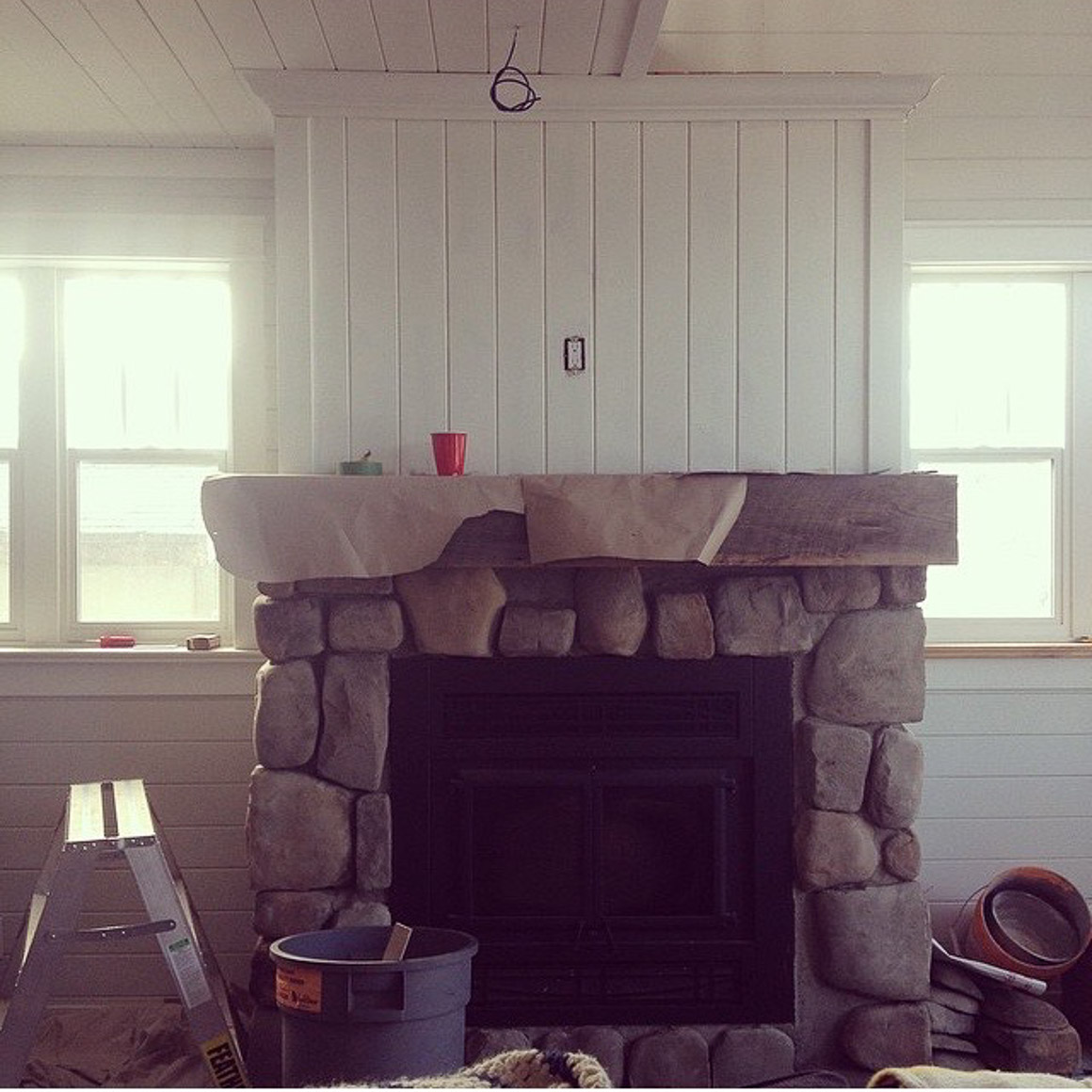 stone-face-fireplace-with-rustic-wood-mantel-5