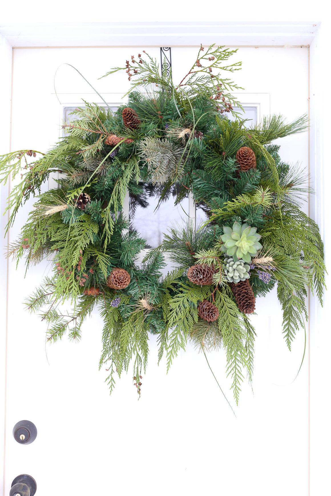 Winter Woodland Wreath | This Mamas Dance
