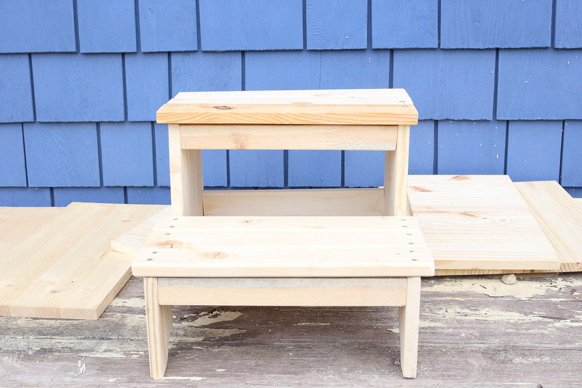 rustic-step-stool-this-mamas-dance-6